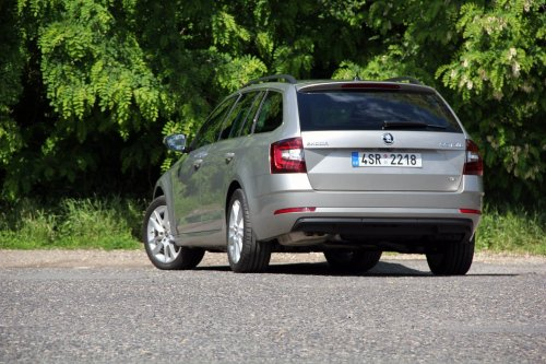 Škoda Octavia Combi 1.6 TDI 4x4 – prostor do nepohody