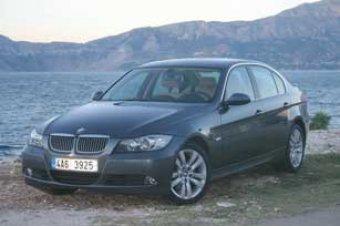 Vysoko nasazená laťka - BMW 325i (TEST)