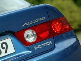 Nový vznětový motor Hondy Accord, 2.2 i-CTDi, středem pozornosti motoristických novinářů