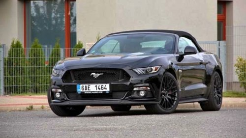 Ford Mustang GT Convertible 5.0 Ti-VCT - americký sen